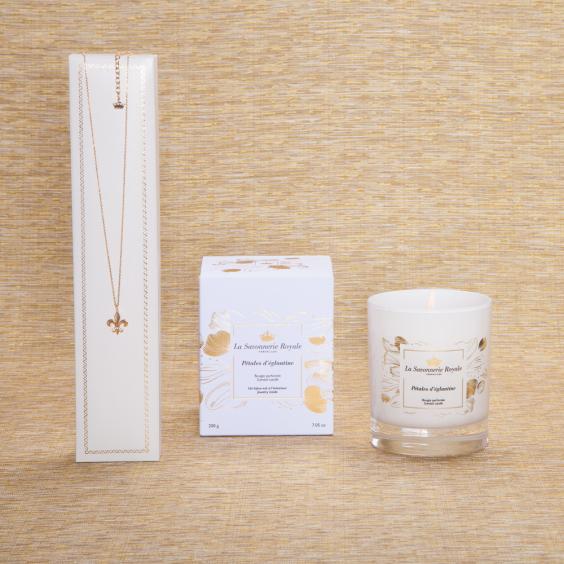 Pétales d'églantine Candle with Necklace